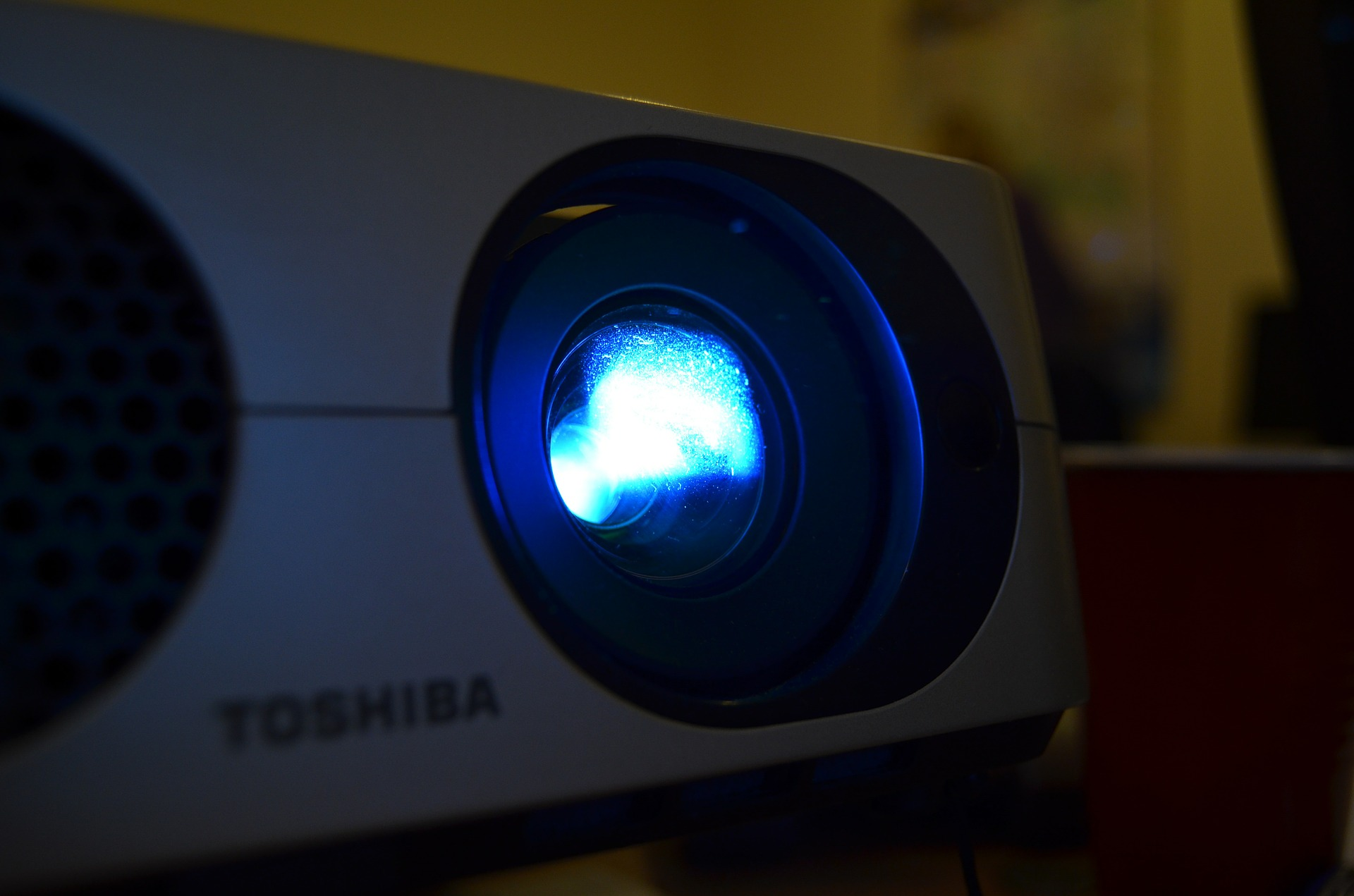 Køb en projektor med et billigt kontantlån