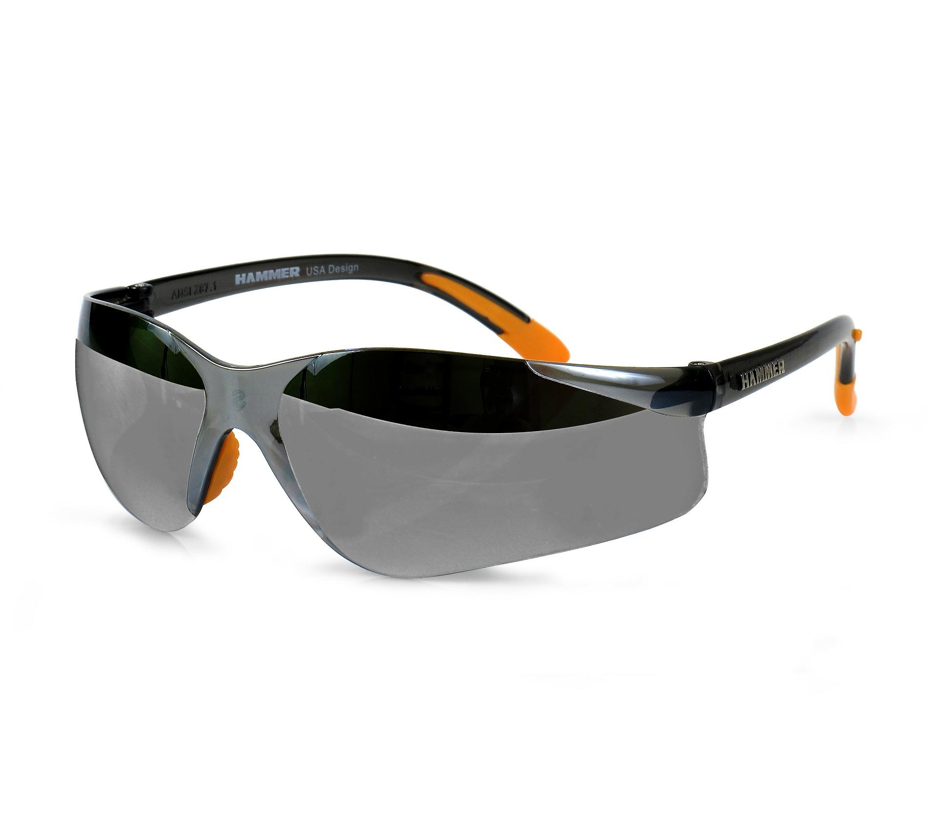 Lån penge nu til et par lækre solbriller og nyd sommeren